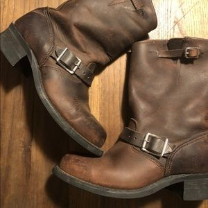 Frye Engineer Boot in brown leather
